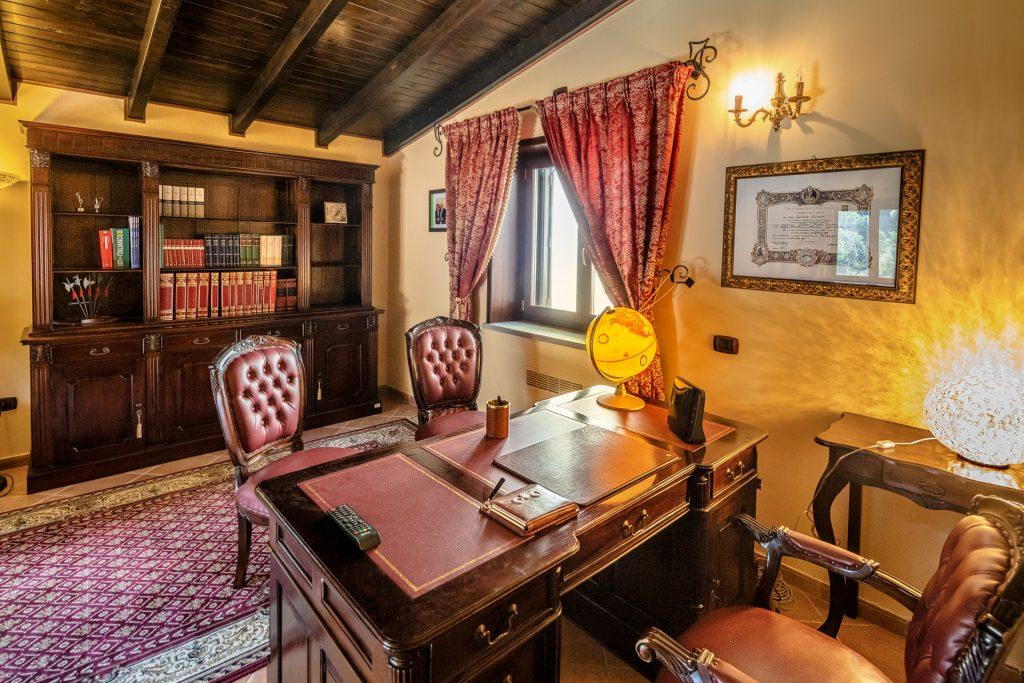 Lo Studio di Villa Lara Sicilia