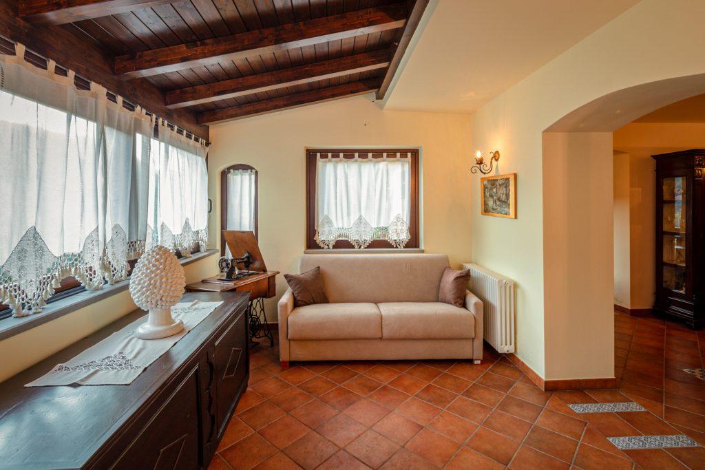 Soggiorno Piano Terra Villa Lara Sicilia